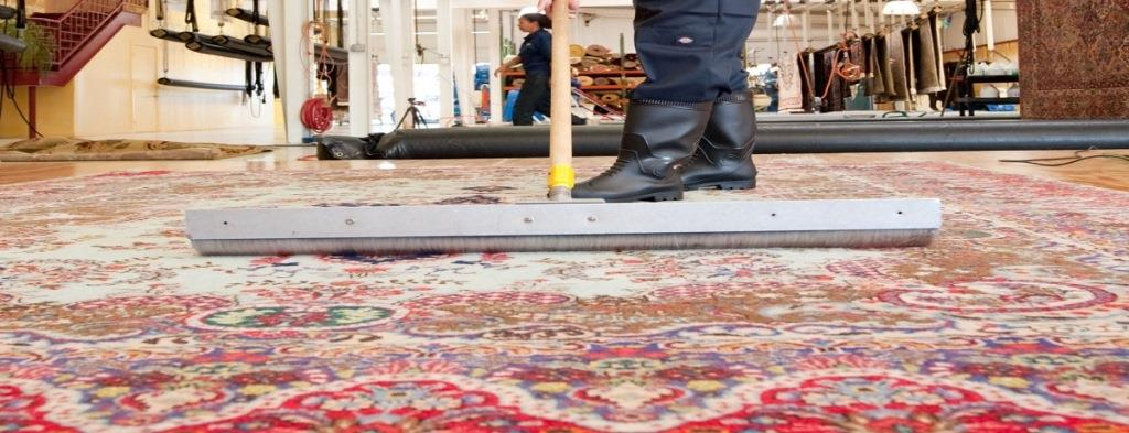 Iqbal - The Carpet Man Offer Free pick-up and delivery with free installation. CAll now: +852-90180897.